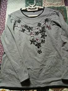 (Bought in Korea) Pre-loved Unworn Cotton T-shrit