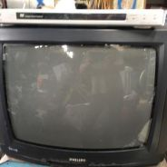 PHILIPS 21inc tv and SONY dvd player