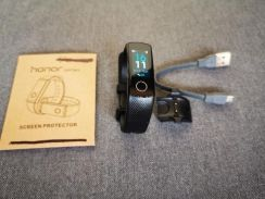 Huawei HONOR Band 4 Fitness Tracker - pre loved