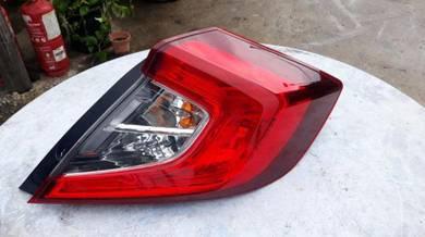 Lampu belakang kanan honda civic fc ori