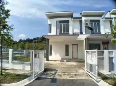 MURAH > CORNER 2 Sty Teras House Acacia Park Bdr Tasik Puteri Rawang
