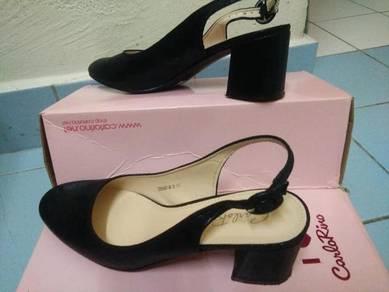 Carlorino female shoe