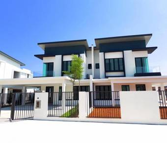 Double Storey Semi-D near PBB HQ Petra Jaya Kuching