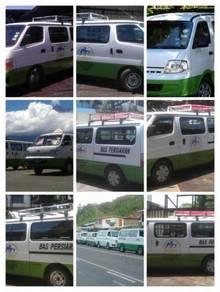 Van dan bas untuk disewa bersama pemandu