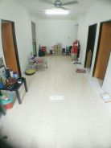 Camelia Court Apartment, Taman Nilai Impian, Nilai Utama
