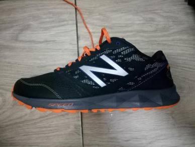 New balance 590 at