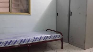 BILIK LELAKI Apartment Cemara Bandar Permaisuri LRT SALAK SELATAN