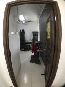 Bilik besar / Big room ( Villa krystal apartment )