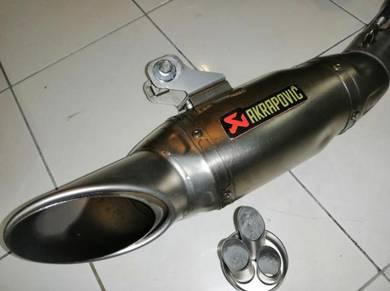 Akrapovic titanium full system racing line Mt09