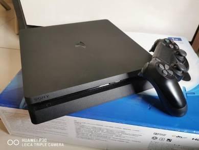 PS4 untuk dilepaskan