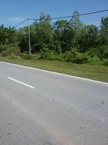 Tanah menarik 2.75 ekar tepi Jln utama Pekan Chuah, Port Dickson