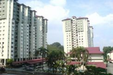 Winner Court 850sf Desa Petaling Nice View Below Market 100%F/Loan