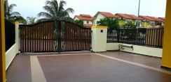 Pulai Indah double storey house for selling