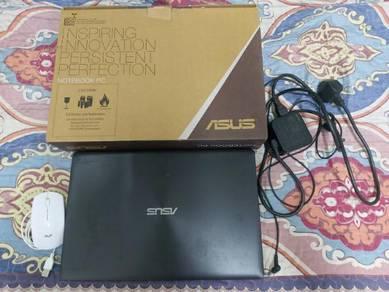 Asus A550C