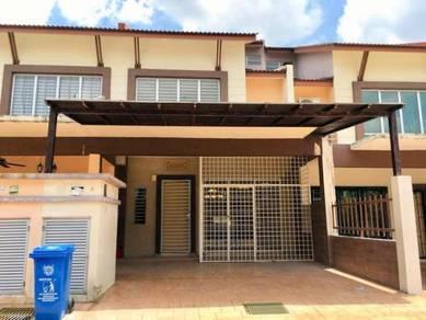 Renovated Intermediate Double Storey - Alam D'16 Residency