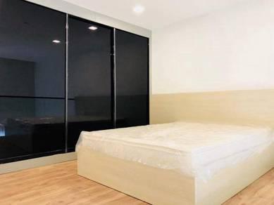 Sky Park Garden Plaza Studio Duplex 1 bedroom Apartment LIM KOK WING