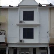 Taman Tampoi Utama 3 Storey Terrace Shop House FOR SALE by AUCTION
