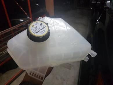 Ford Fiesta Mazda2 Coolant Expansion Tank Free Cap
