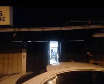 Kedai depan Jpj lama, Wakaf Siku