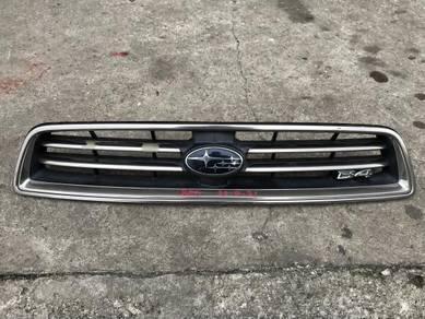 No 22-4-21 Grill Subaru Legacy BE5 Japan
