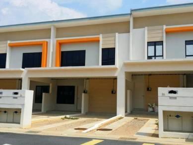 1 sty Townhouse Ground Floor, Villa Kesuma, Semenyih, Rinching, Berana