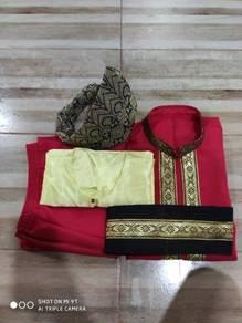 Baju Sikap (set) dan Tanjak