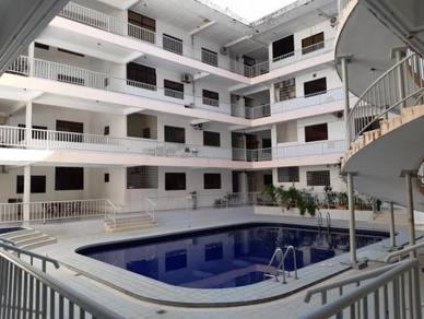 Classic Condo Pelindung 3 bedroom Fully furnished