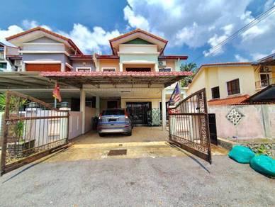 (170K Below Market. 100% loan)2 Sty End Lot Taman Prima Saujana Kajang