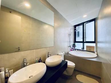 KL Gateway Premium Residence 3R3B private lift