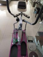 Dlitez. cross trainer super good condition