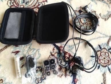 Audio Technica E40 Earphone