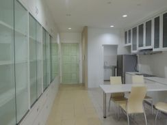 1 Borneo Tower A, 2 bedrooms, close to UMS, 1B, Fully Furnished