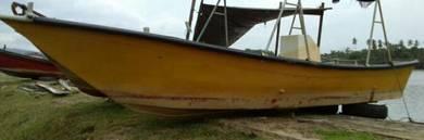 Bot / boat 17', yamaha 30hp