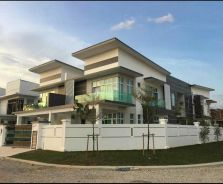 Complete 3 storey cluster & SEMI D(can build swimming pool)