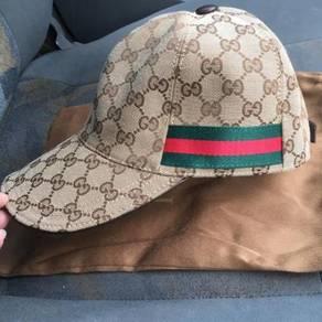 Gucci cap brown