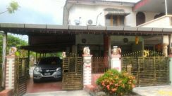 Biggest corner lot double storey in Tmn Pekan Baru