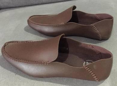 Hong kong Designer shoes brown Colour