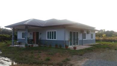 NT Land with single storey house
