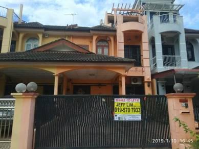 Two and Half Storey link house at Ipoh Gunung Rapat