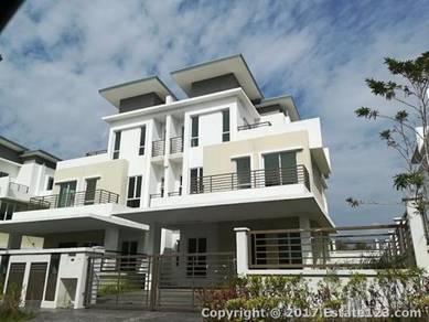 (LAST CALL HOC) Freehold Mega House Like Semi d Nr Shopping Mall 0%D/P