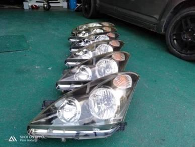Headlamp depan KIRI Wish 03-05 hid