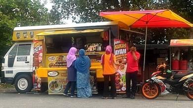 For sale Diahatsu Delta (Food Truck)