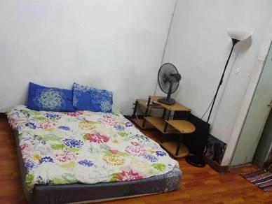 Petaling Jaya Damansara Jaya Master Bedroom
