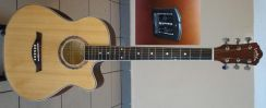 LanNikaa Semi Acoustic Guitar 40 Inch Model 4040E
