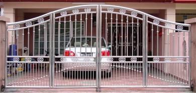 Stainless Steel Main Folding Gate (MFG 34)