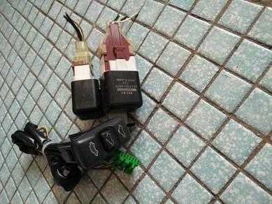 Honda civic EK4 black suis sunroof with relay