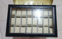 24 Slot watch compartment