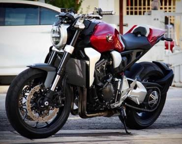 Like New Honda CB1000R With Extras