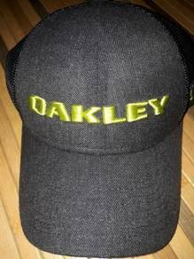 Cap Topi Oakley