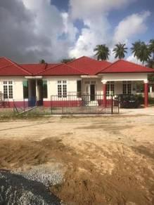Banglo dan Semi-D Tepi Klinik Kesihatan Bachok